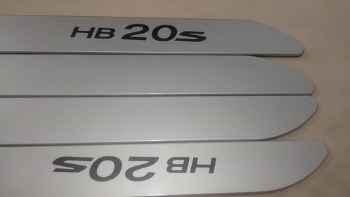 friso lateral hyundai hb20s prata cor original