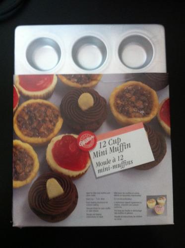 fôrma importada 12 mini muffin cup cake wilton