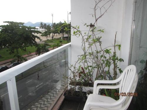 frontal ao mar praia do gonzaga 3 dorms 1 suite ótimo local