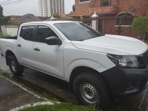 frontier 4x2 doble cabina simple