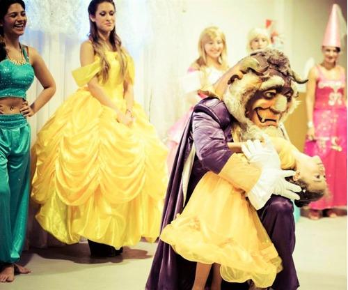 frozen. princesas.bella y bestia. soy luna moana.