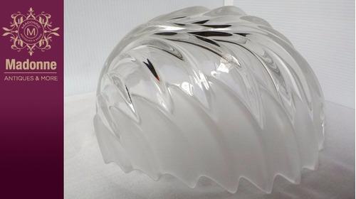 frutero de cristal alemán diseño de hoja.