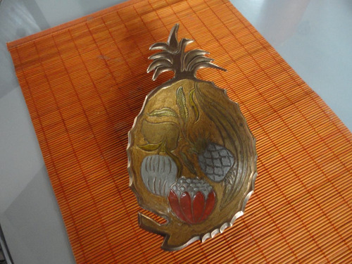frutero en bronce decoración