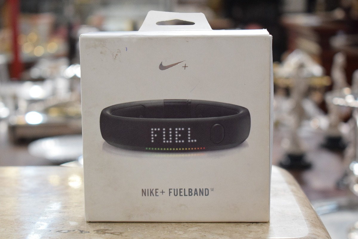 size 40 4ad9d f10b6 Fuelband Nike