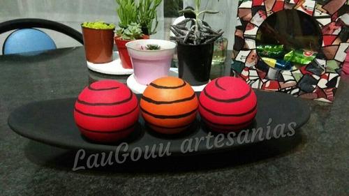 fuente cerámica oval con esfera. laugou artesanias