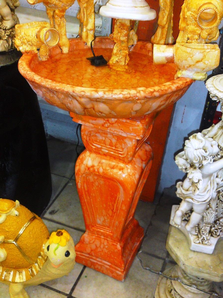 Fuente de agua minimalista decoracion interiores con angel - Fuente decoracion interior ...