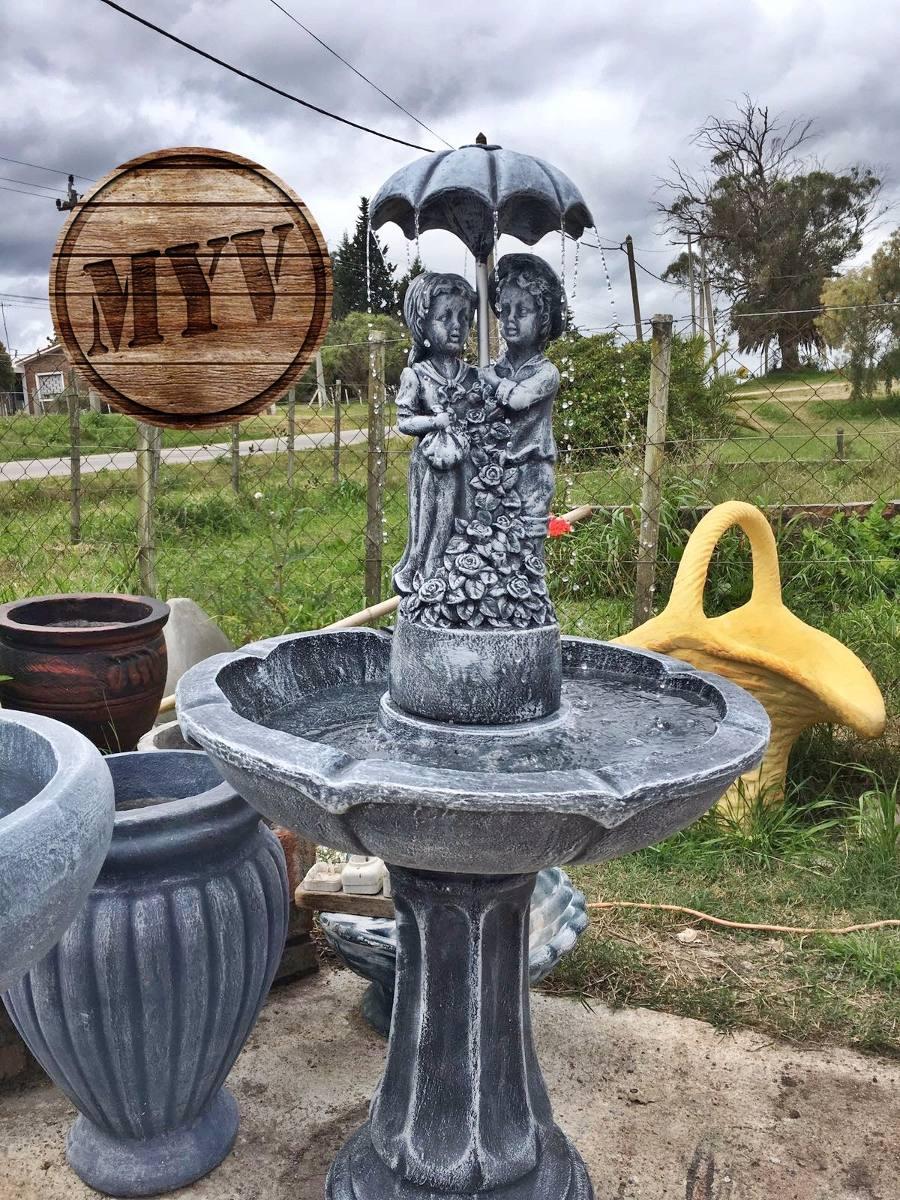 Fuente de agua para jard n con ni os decoraci n for Decoracion jardin ninos
