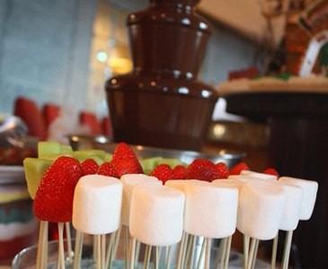 fuente de chocolate 4 pisos regalo fiesta infantil boda
