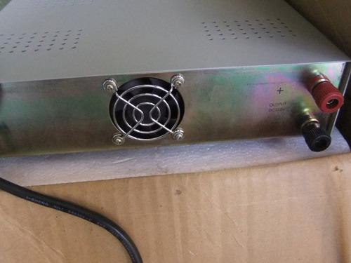fuente de poder regulada con medidor de voltaje amps