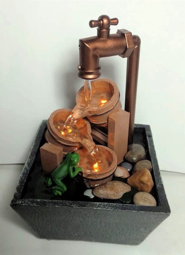 fuente decorativa interior con luz led modelo llave