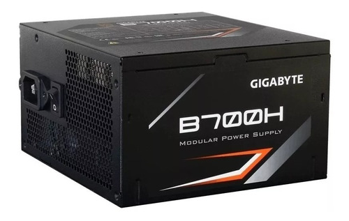 fuente pc gamer gigabyte 700w reales 80 plus 80+ bronze 56a