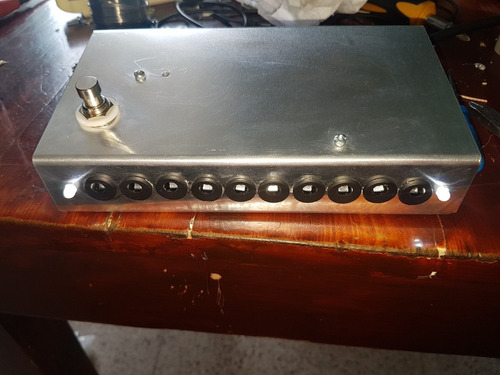 fuente switching para 5 pedales de efecto 9v 5a