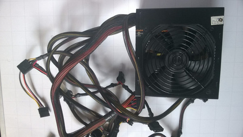 fuente thermaltake tr2-500w usada pa computador