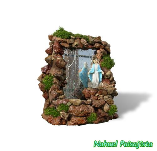 fuentes de agua, santuarios, grutas naturales virgen