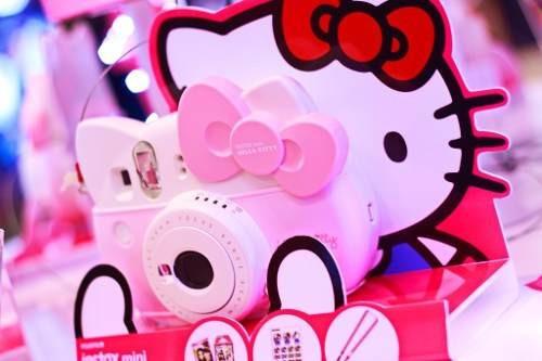 fujifilm instax mini edición hello kitty accesorios