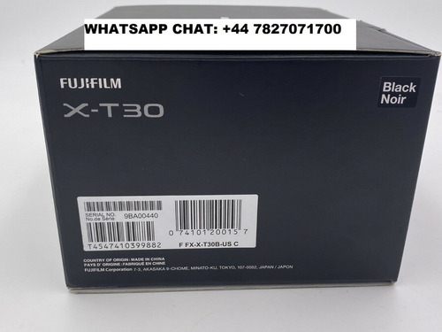 fujifilm x-t30 mirrorless digital camera with 18-55mm lens