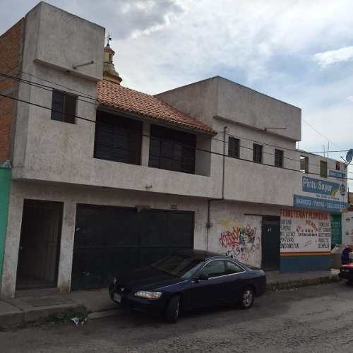 funcional casa con locales comerciales en soledad de graciano sã¡nchez en san luis potosã.
