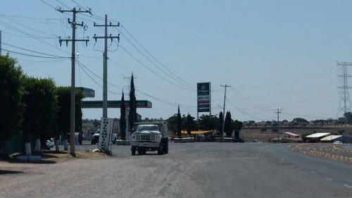 funcional terreno en huimilpan (pie de carretera)