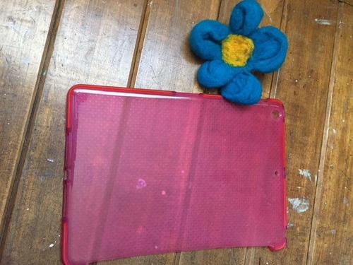 funda dura impact mesh para ipad air tech 21 rosada