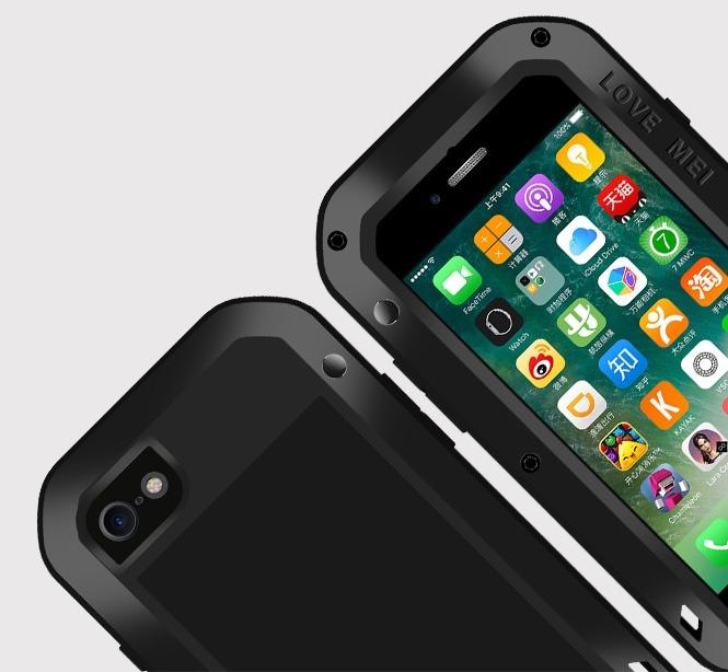 funda iphone atornillada