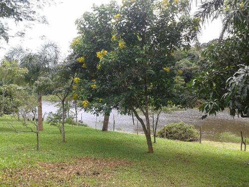 fundos para represa - condominio-terreno - 1.000 m²-cód.t059