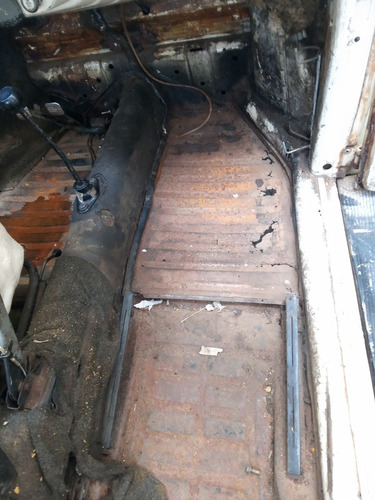 funilaria e pintura... restauração de carros antigos!!