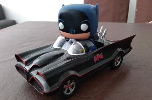 funko pop batman con batimovil