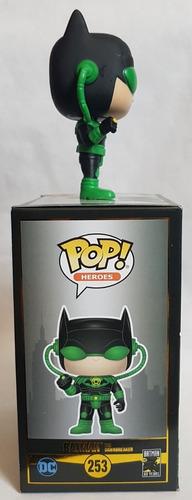 funko pop batman dawnbreaker exclusivo de hot topic