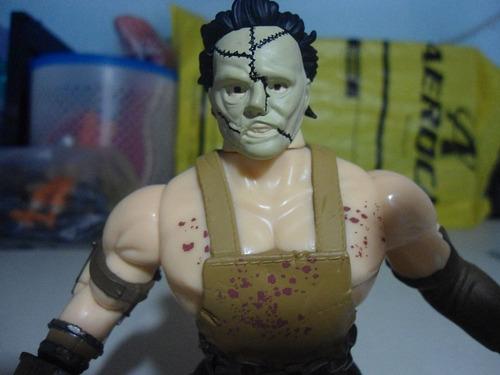 funko savage world he-man masacre de texas leatherface