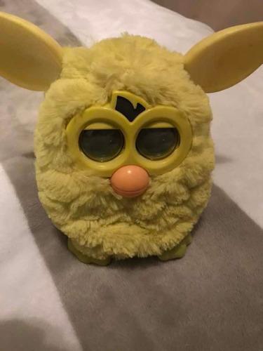 furby original color amarillo