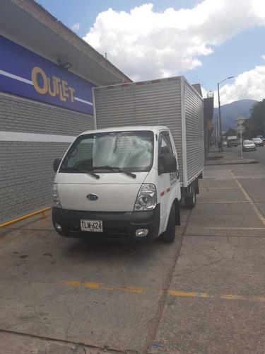 furgon diesel color blanco