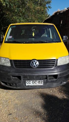 furgon escolar minibus volkswagen año 2010 tiene 189.000 km