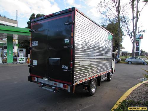 furgon hino 300 xzu 640 l