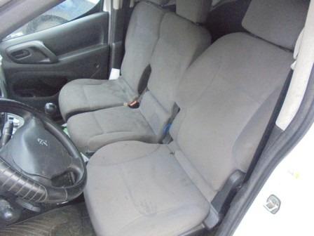 furgon peugeot 03-18-229