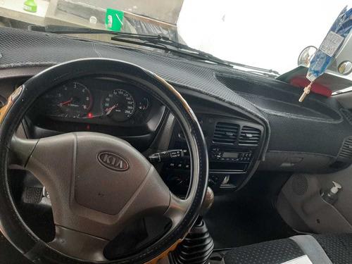 furgoneta kia pregio