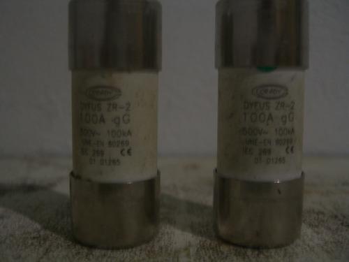 fusible dyfus r2 100amp