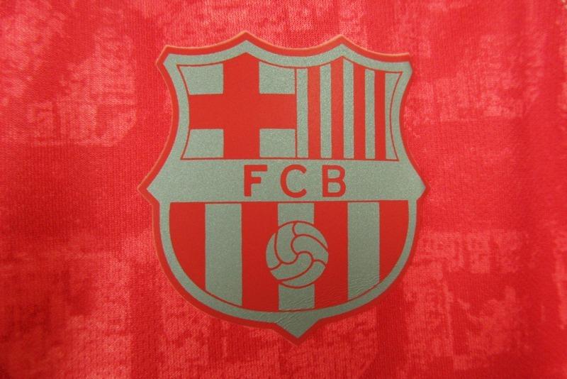 Camisa Iii Rosa Salmão Time De Futebol Barcelona Barça 2018 - R  130 ... f17afeed2edc7