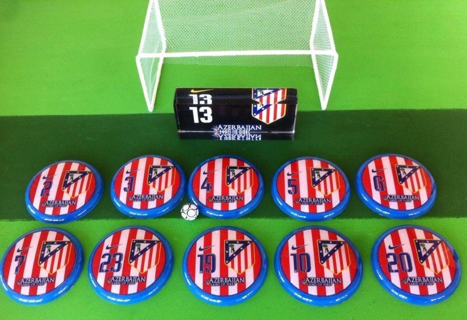 9cafbb37af futebol de botão barcelona e atlético de madrid. Carregando zoom.