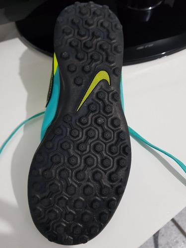 96bdb2e4ed Chuteira Nike Futebol Society Tamanho 35 - R  90