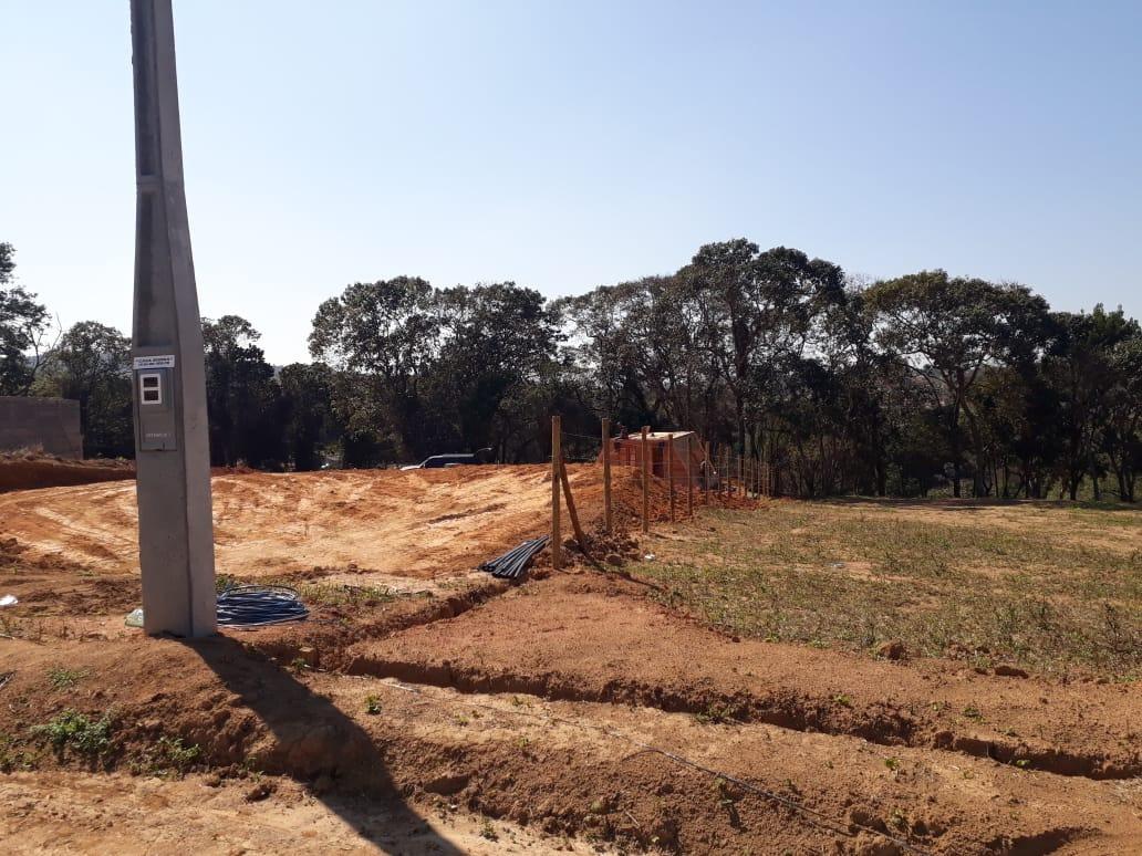 f.vendo terrenos para chácaras  de 1000m² marque sua visita.