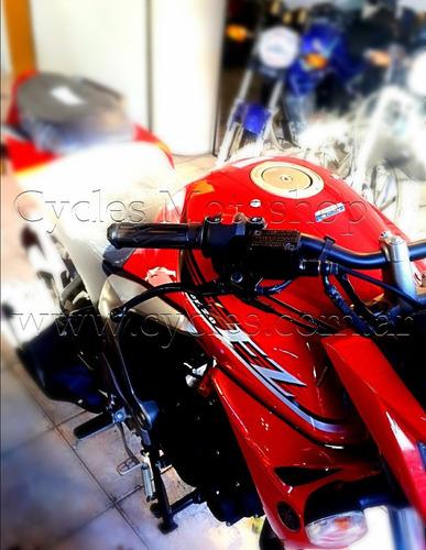 fz 16 fi de yamaha moto con anticipo y 18 cuotas fijas.