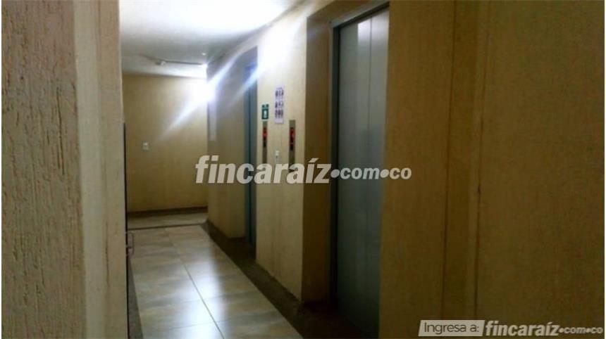 g. granada-venpermuto hermoso apartamento parque ctral occ.1