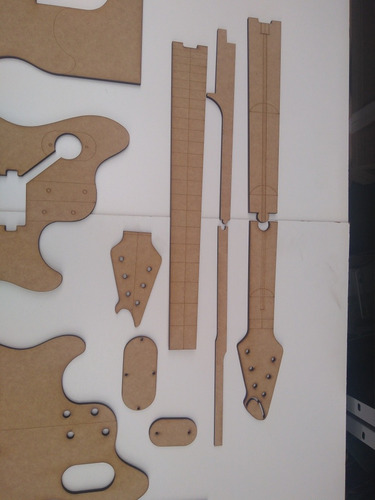 gabarito wolfgang peavey evh c/archtop mdf ao mestre luthier