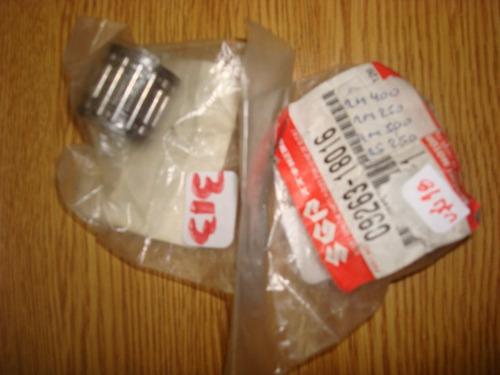 gabia  18x23x22  17x3 suzuki rm400/250  japon(313)