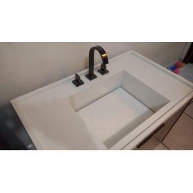 Gabinete De Banheiro Com Cuba Escupida E Torneira.