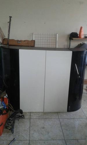 gabinete de cocina o barra