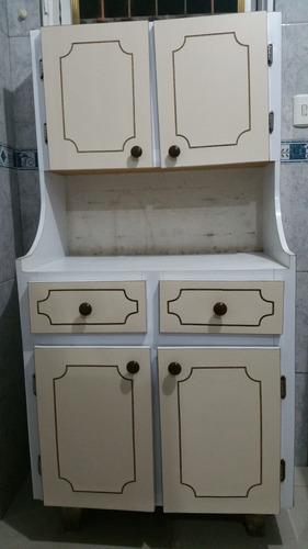 gabinete de madera y formica para cocina