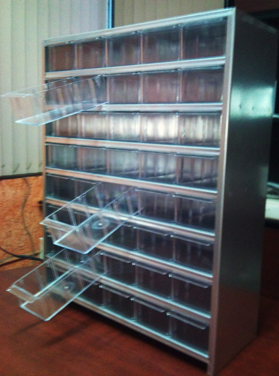 Gabinete exhibidor organizador 40 gavetas plastico for Cajoneras de plastico