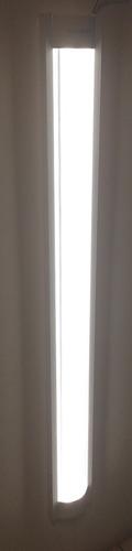 gabinete para tubos t8 led de 18w 2x18 sin focos sobrepuesto