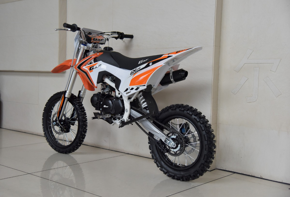 motos de 125 enduro. Black Bedroom Furniture Sets. Home Design Ideas